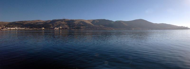 Jezioro Titicaca - jedno z najczęściej odwiedzanych przez podróżników miejsc w Peru. (Fot. Joanna M. Chrzanowska)