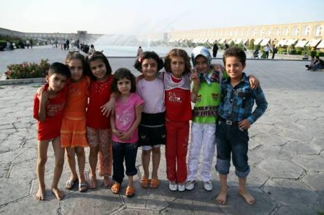 Dzieciaki w Iranie