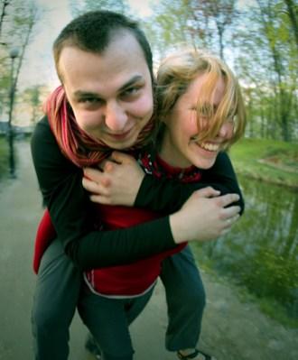 Dla Agnieszki i Mateusza mało ważne jest czy nazwą wyjazd wyprawą, wycieczką czy podróżą. Ważne jest by pamiętać, że to po prostu życie w drodze. (Fot. www.nakrancach.pl)