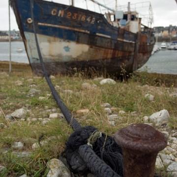 Cmentarzysko rybackich kutrów w Comarted