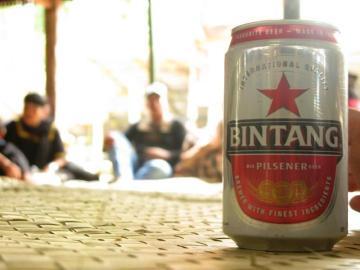 Puszka piwa Bintang