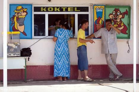 Turkmeński sklepik z lemoniadą