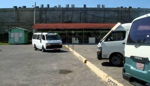 Dworzec autobusowy na Jamajce