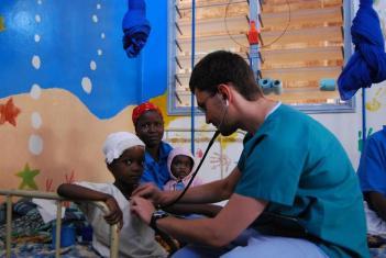 Praca na oddziale pediatrycznym szpitala w Chaaria. (Fot. Anna Kukowska)