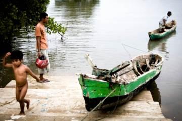 w porcie na indonezyjskiej wyspie Sumba