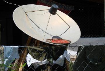 Wielofunkcyjny talerz satelitarny