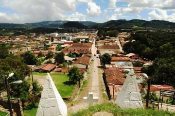 La Esperanza widok na miasto ze wzgórza