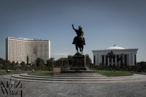 """Uzbekistan. Zdjęcie z książki """"Może (morze) wróci"""""""
