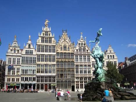 Turystyczna Antwerpia