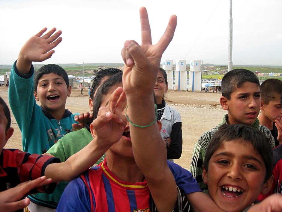 Nawet w obozie dla uchodźców znajdzie się czas na chwilę zabawy
