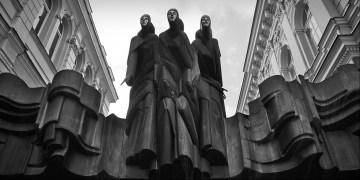 Rzeźba w Wilnie - podróż na Litwę