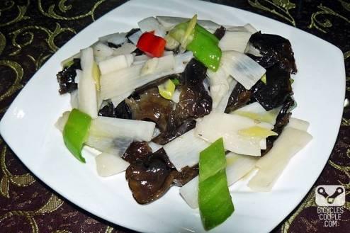 Chińska kuchnia - uszak bzowy