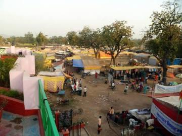 Bazar w Khajuraho - podróż przez Indie
