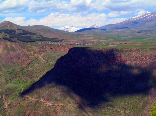 Widok na Harżis - góry Armenii