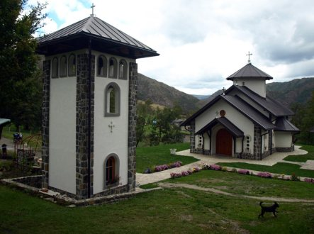 Klasztor ortodoksyjny w Serbii
