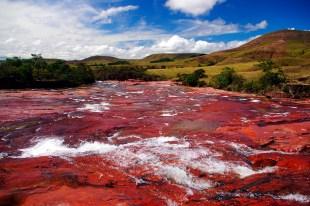 Czerwona rzeka - krajobrazy Wenezueli