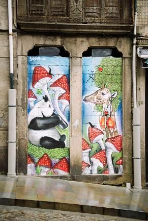 Graffiti w Portugalii - zdjęcia z Porto