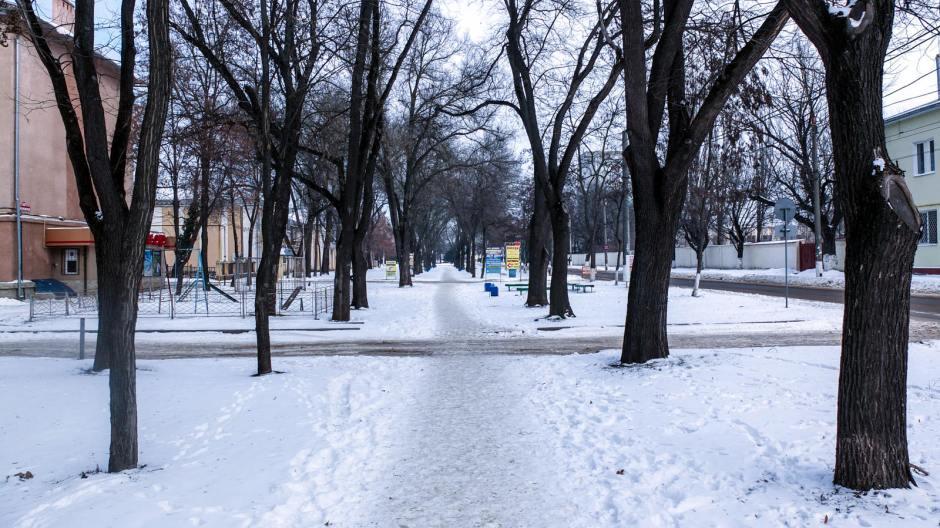 Puste ulice Tyraspola. (Fot. Bartek Szaro)