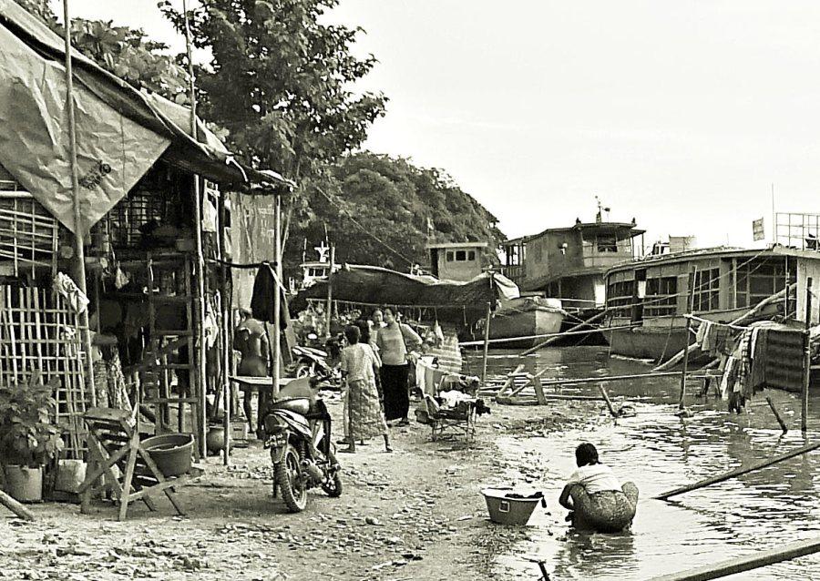 Birma, Mandalaj. Zycie nad Irauadi.