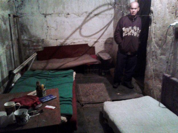 Donieck na Ukrainie, schron. Zdjęcia z ksiązki Po północy w Doniecku