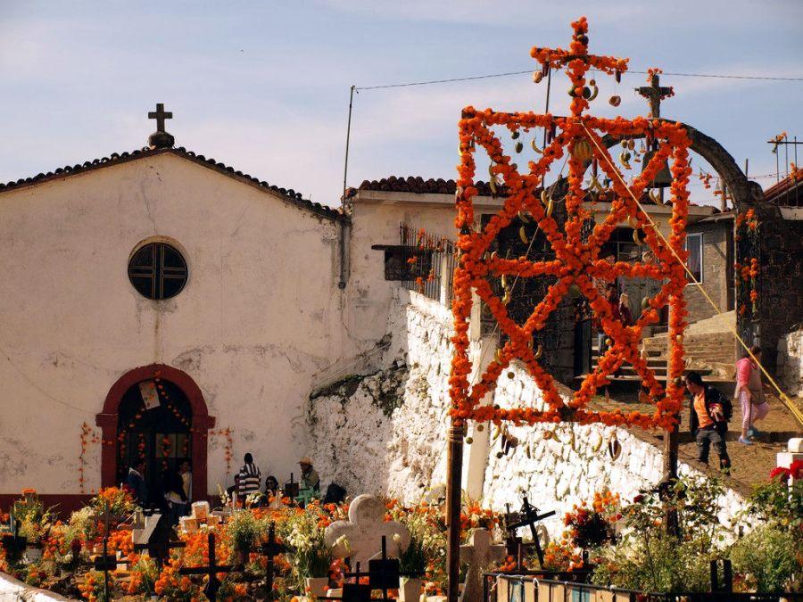 Meksyk, cmentarz na wyspie Janitzo