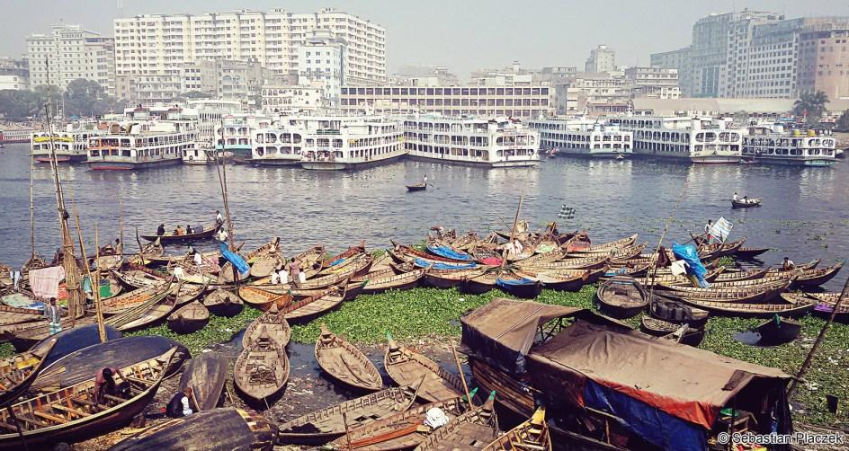 Buriganga w stokicy Bangladeszu - zdjęcia z podróży