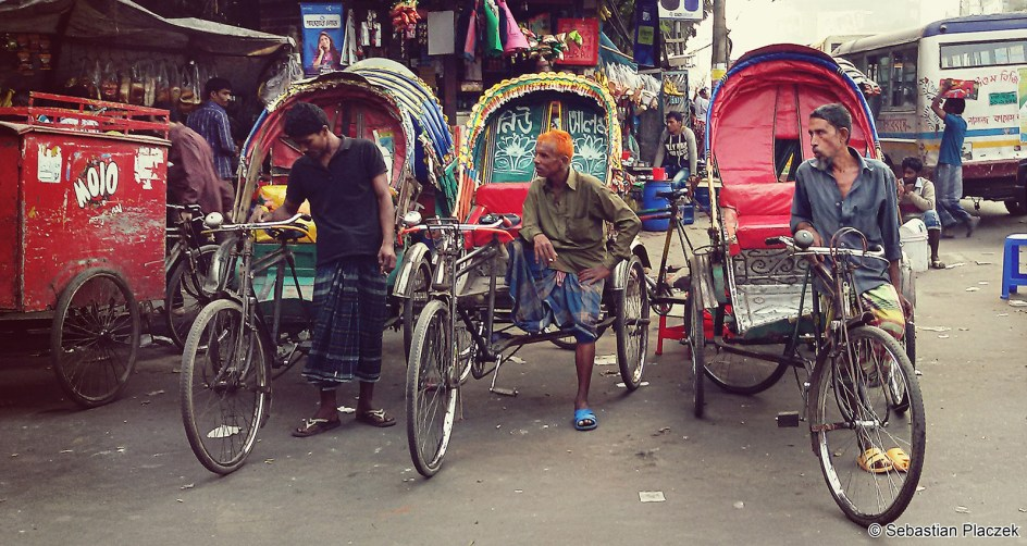 Zdjęcia z Bangladeszu, rikszarze w Dhace