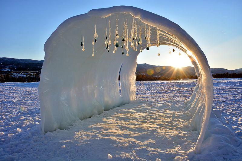 Norwegia, lodowy tunel na festiwalu muzycznym w Geilo