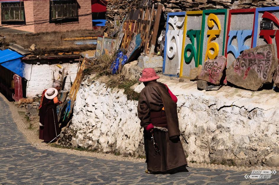 Podróż przez Chiny, miasteczko Litang w Tybecie