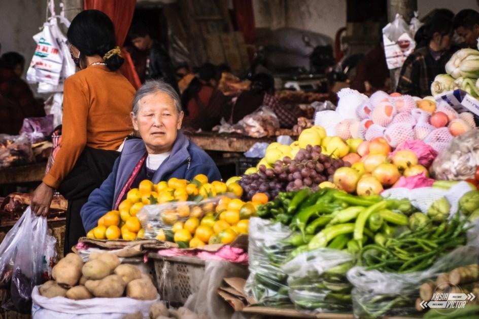 Podróż przez chiński Tybet, bazar w Ganzi