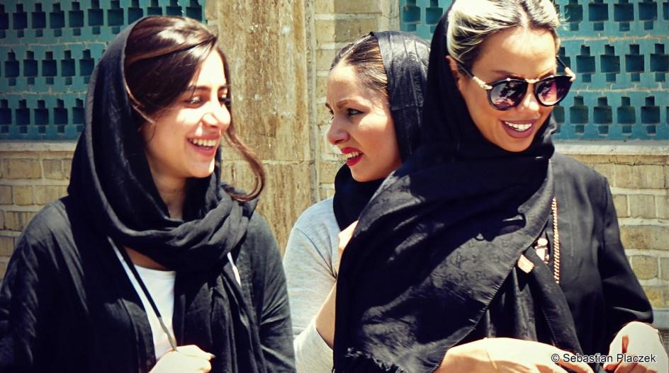 Iran, wyzwolone kobiety z Sziraz, islam, zdjęcia