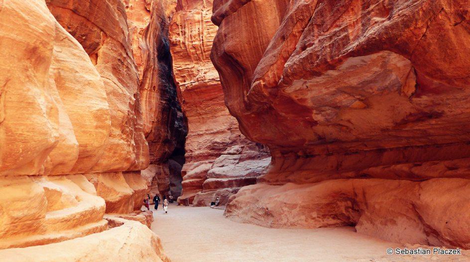 Jordania, wąwóz As-Sik prowadzący do ruin Petry