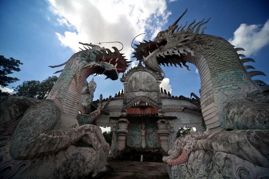 Świątynia Wat Pa Non Sawan w Tajlandii
