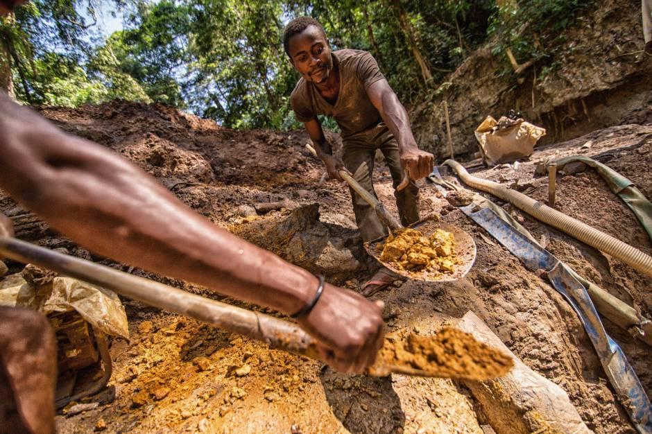 Kongo, poszukiwanie złota i diamentów