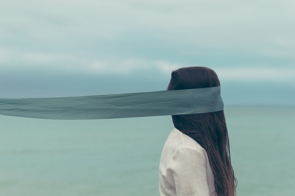 Girl with ribbton around her head. From https://unsplash.com/photos/AmPRUnRb6N0