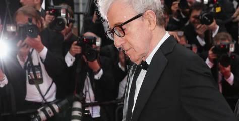 """Woody Allen: """"Η ζωή δεν μιμείται την τέχνη. Μιμείται την κακή τηλεόραση"""""""