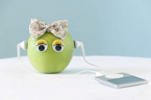 Apple Songs and Poems For Preschoolers