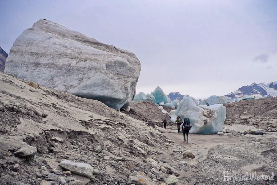 iceberg lake backpacking, wrangell st elias, alaska