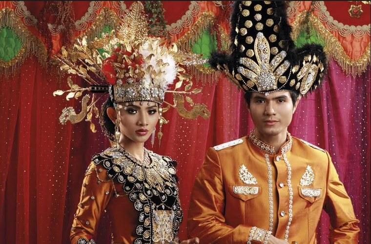 Pakaian Adat Gorontalo : Filosofi, Keterangan dan ...