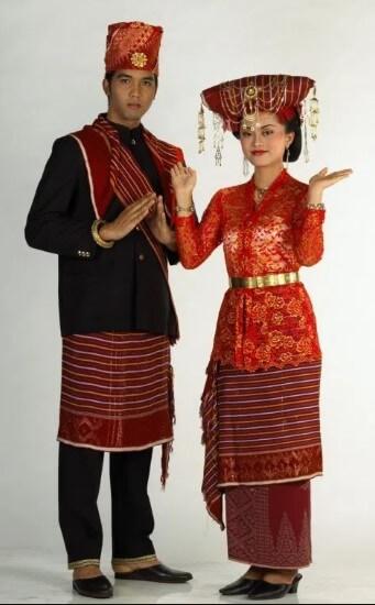 Pakaian Adat 34 Provinsi Di Indonesia Beserta Gambarnya Lengkap Perpustakaan Id