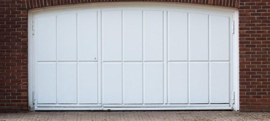 Utah home builder garage door