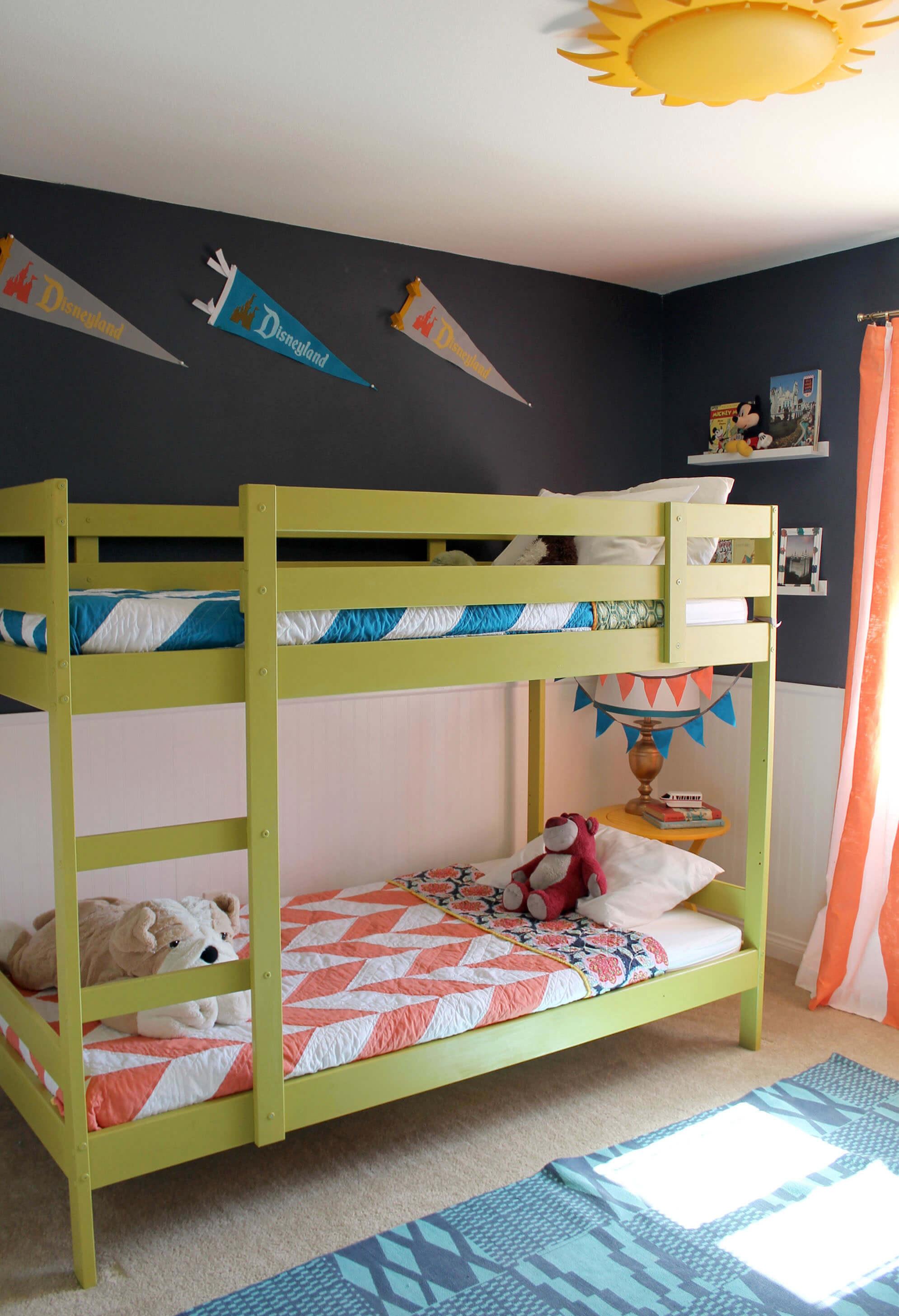 persia lou disneyland room2