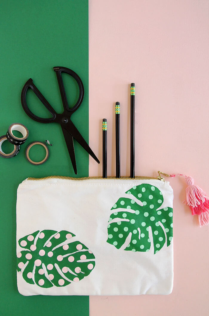 make your own adorable palm leaf school supplies with this free template - love that cute pencil pouch