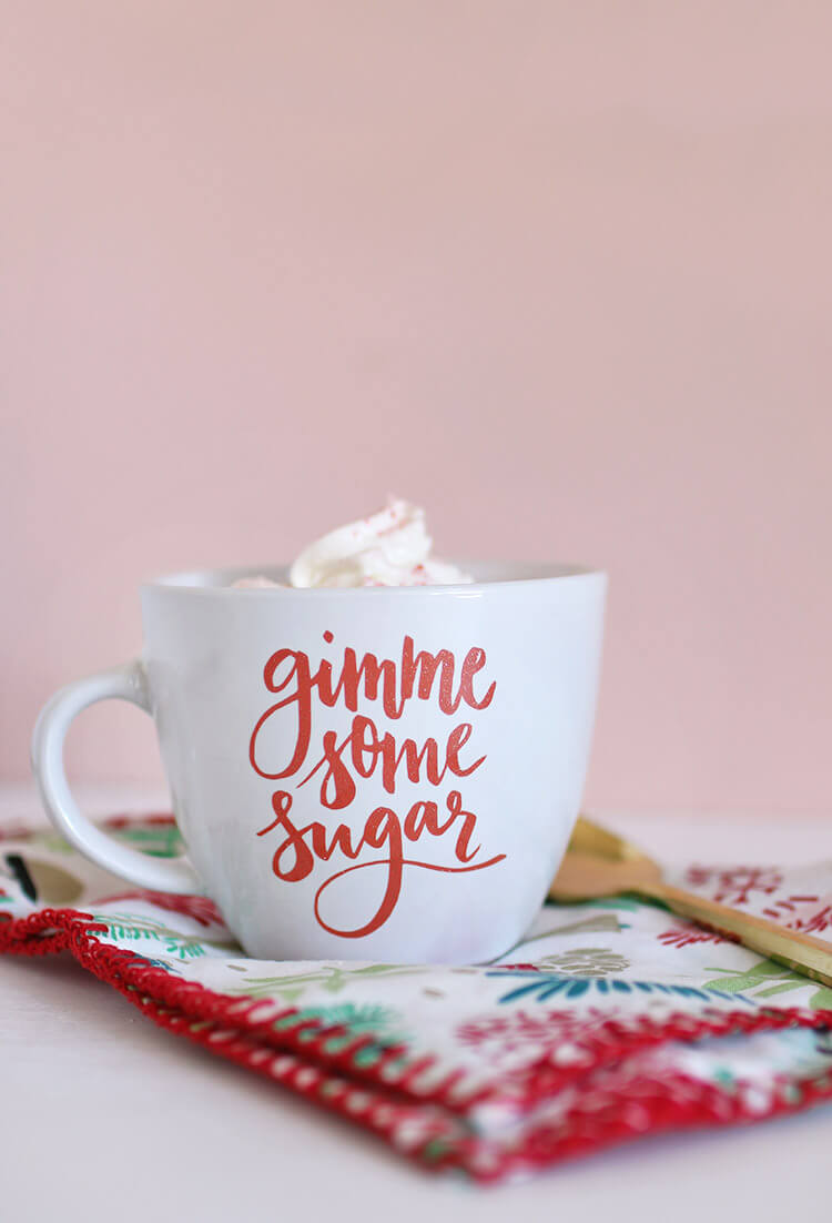 """Free svg and silhouette studio cut files - makes adorable """"gimme some sugar"""" baking-themed gifts - DIY mug and DIY dish cloth"""