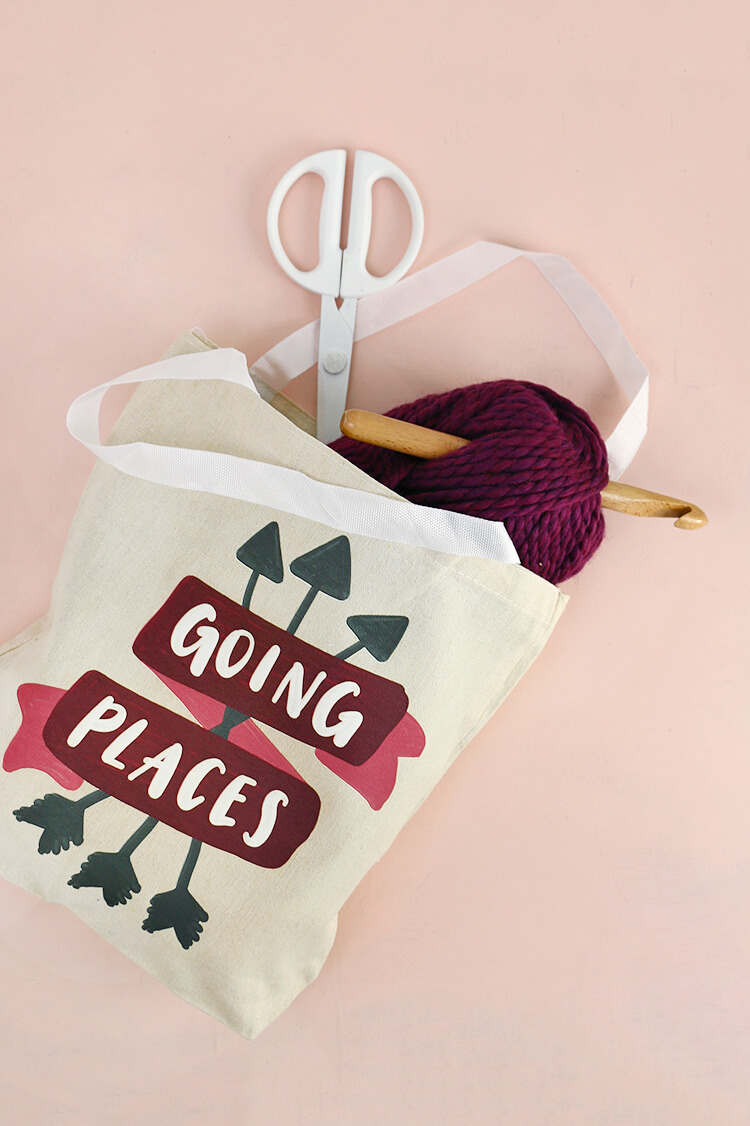DIY tote bag - learn how to make your own going places tote - free downloadable design