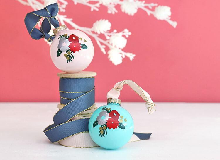 winter-floral-ornaments3