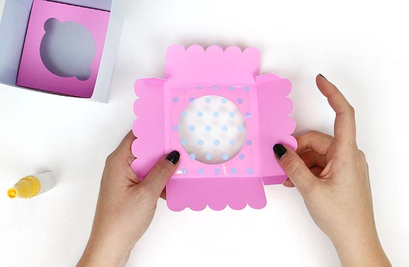 glue cellphane into window diy cupcake box