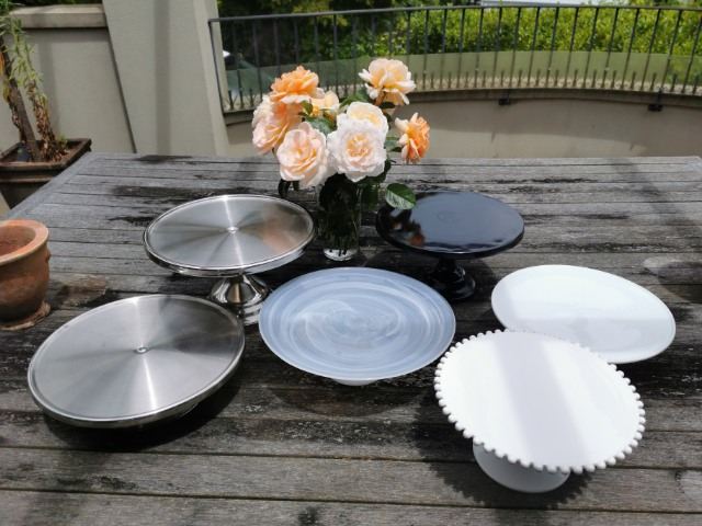 Persimmon Lane Cake Stands img1