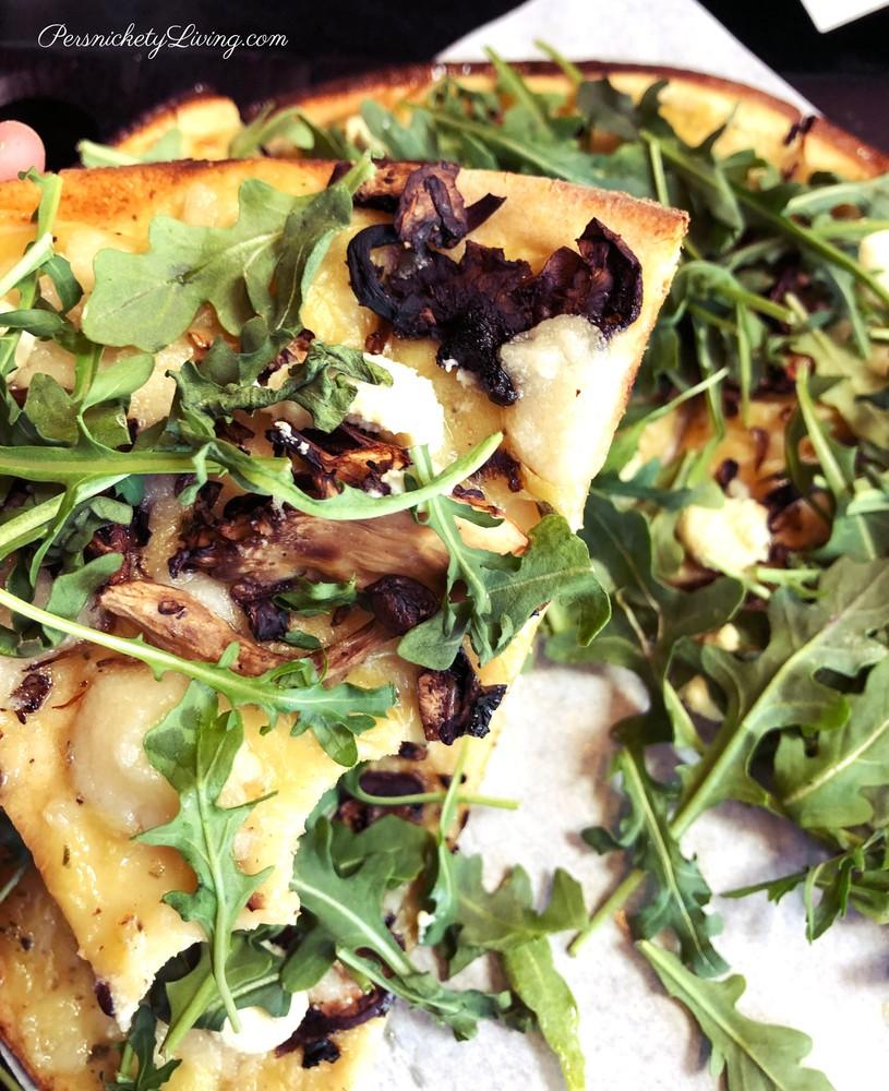 Superfunghi Pizza vegan gluten-free