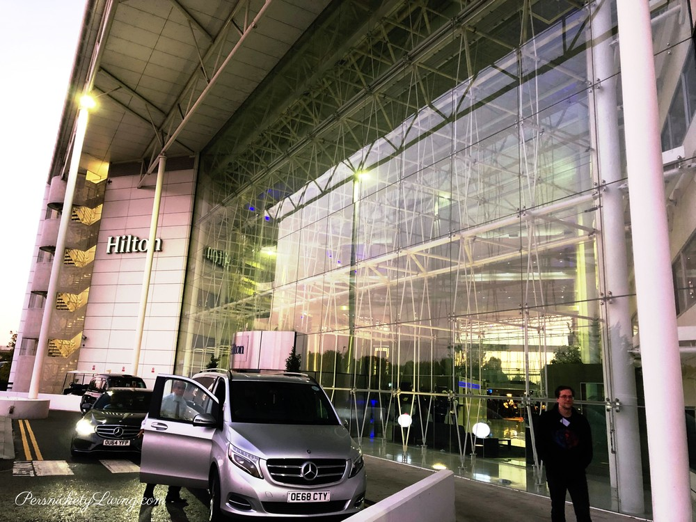 Hilton Hotel Heathrow London T4 Exterior